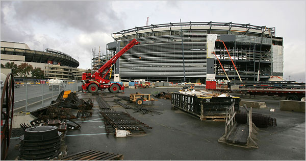 https://i0.wp.com/graphics8.nytimes.com/images/2008/10/31/sports/stadium600.jpg