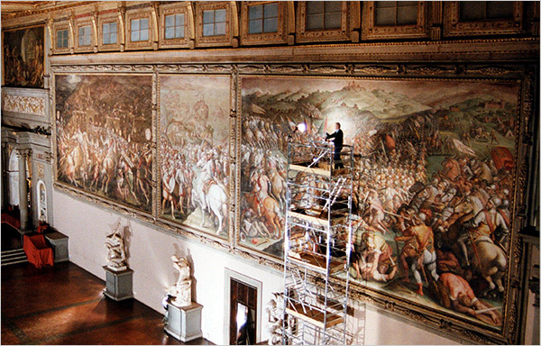 "Maurizio Seracini, on scaffolding, and the ""Battle of Marciano"" mural."