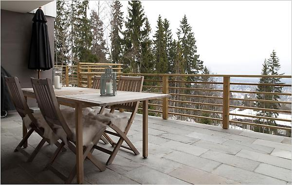 A 3,000-square-foot five-bedroom house overlooking Oslo Fjord is on the market for 10 million kroner (around $1.67 million). Photo: Glenn Røkeberg for The New York Times