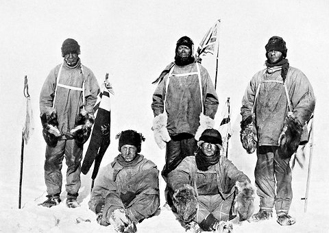 http://learning.blogs.nytimes.com/2012/01/18/jan-18-1912-robert-falcon-scott-discovers-tent-of-explorer-who-beat-him-to-south-pole/?_r=0