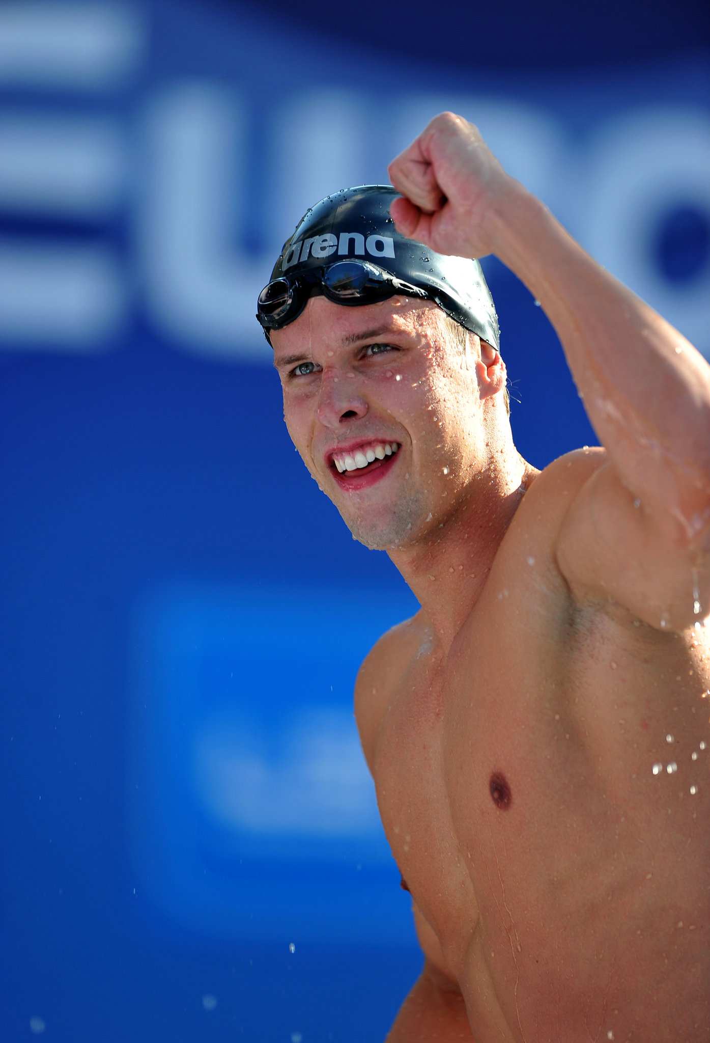 Norwegian Swimmer Alexander Dale Oen Dies At 26 Nytimes Com