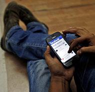 Facebook smartphone app