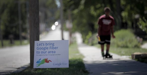 A sign in Kansas City encouraged residents to pre-register for Google Fiber.