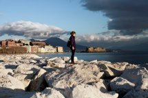 Hours In Naples Italy - York Times