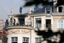Tel Lambert In Paris Damaged Fire - York Times