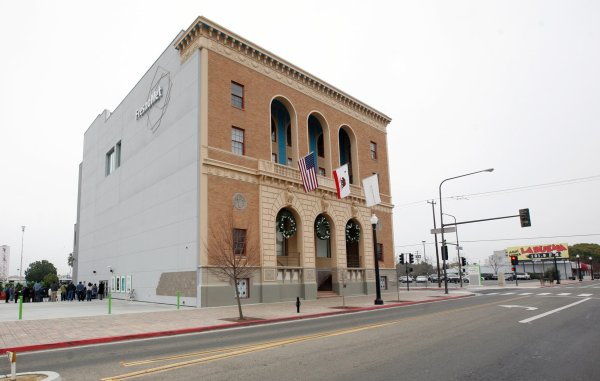 Fresno Met Closing Hold Lesson Detroit