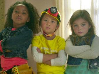 An ad showing girls creating their own Rube Goldberg machine has gone viral.