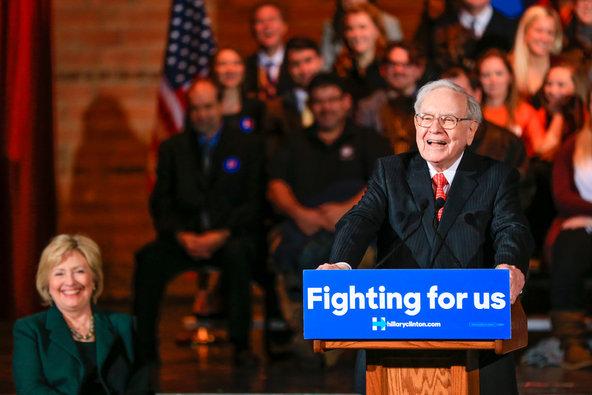 Hillary Clinton and Warren Buffett in Omaha on Wednesday.