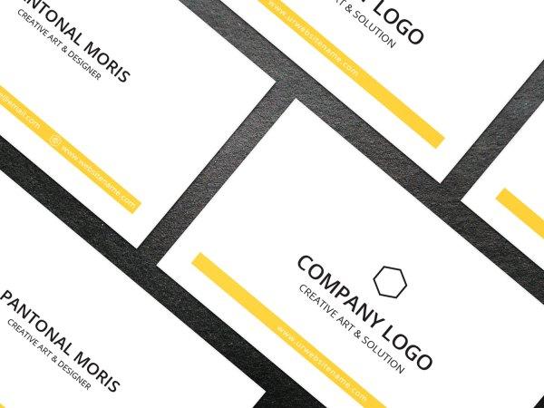 Minimal Medical Business Card Design