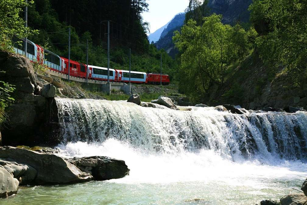 These Pictures Will Make You Want To Board The Glacier Express Right Away! (5)