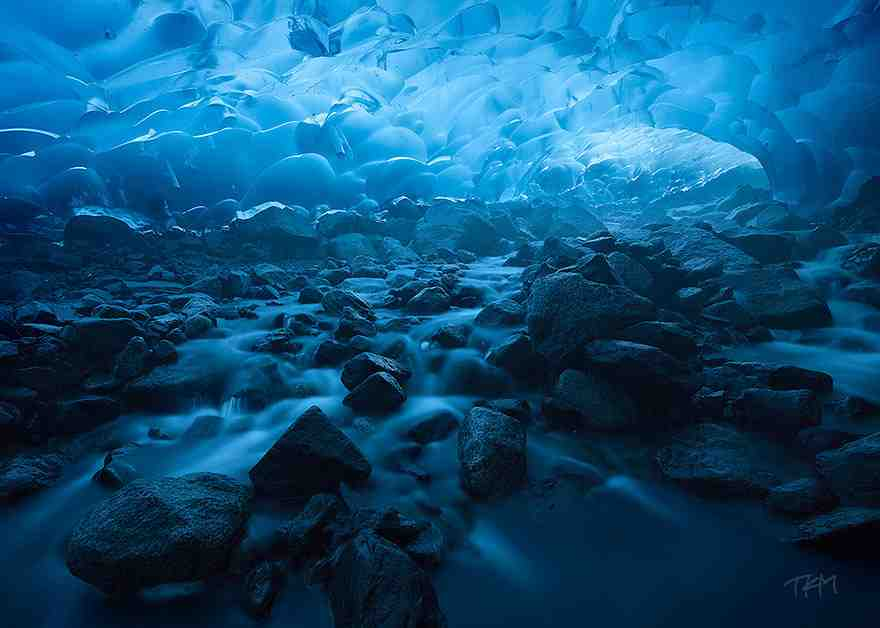 15-caves-from-around-the-world-thatll-make-you-explore-one-right-away-6