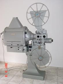 35mm 4kw_290