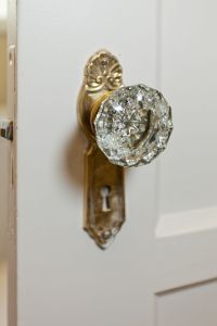 The gallery for --> Vintage Cabinet Knobs