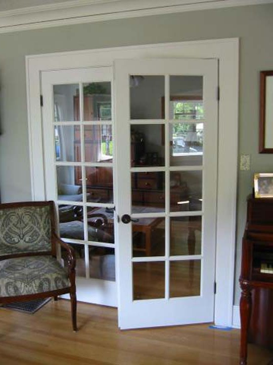 White interior doors with frosted glass