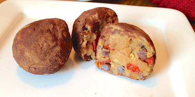 Goji Berry Cookie Dough Truffles | The Grateful Grazer | www.gratefulgrazer.com