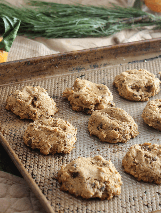 One Bowl Whole Wheat Spiced Apricot Cookies