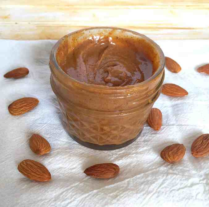How to make your own almond butter and other nut butters on The Grateful Grazer.