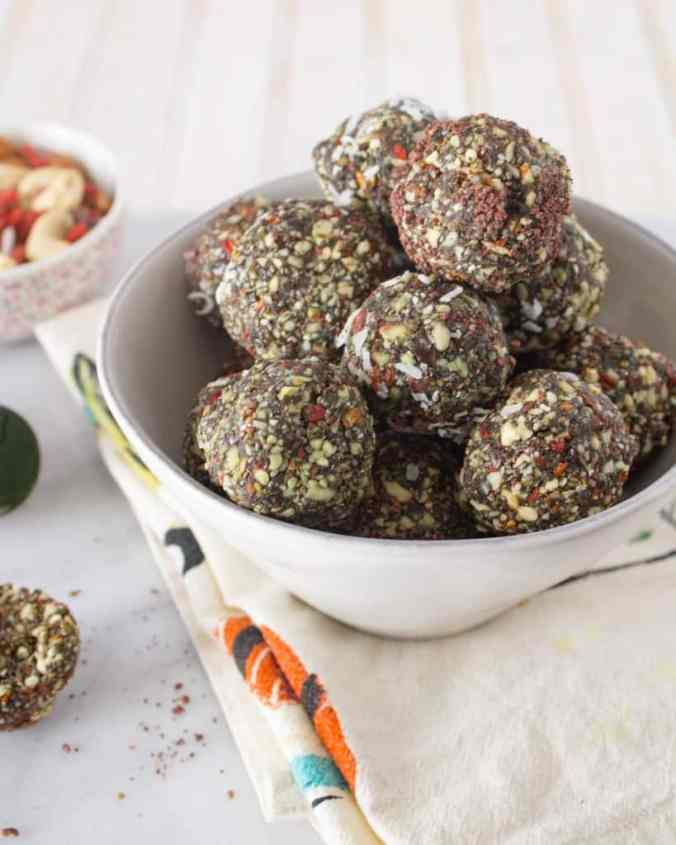 Vegan and paleo Spirulina Superfood Bites from The Grateful Grazer.