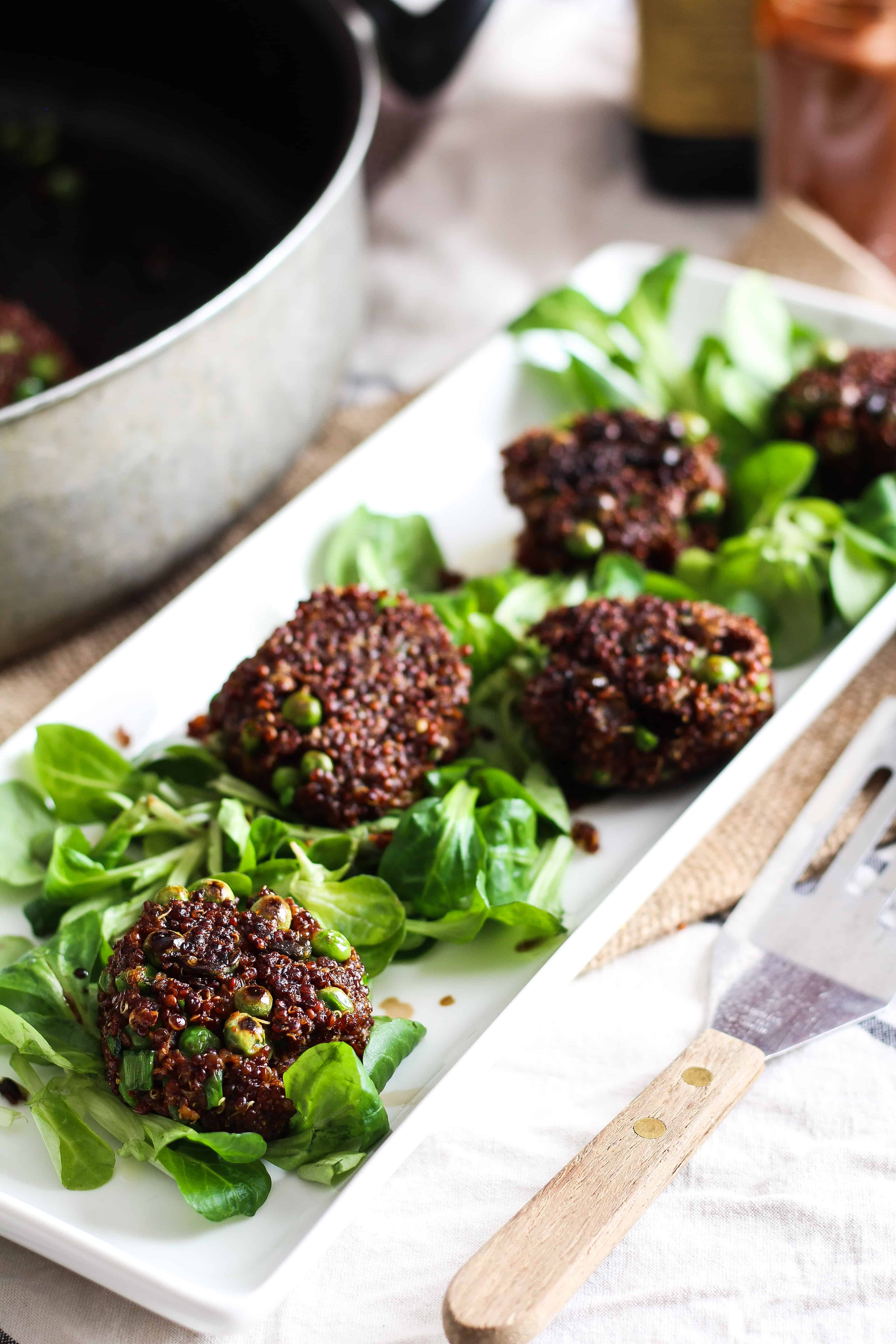 These fiber and protein-rich quinoa cakes or fritters are the perfect plant-based entree, snack, or party appetizer. Crunchy, delicious, and vegetarian!