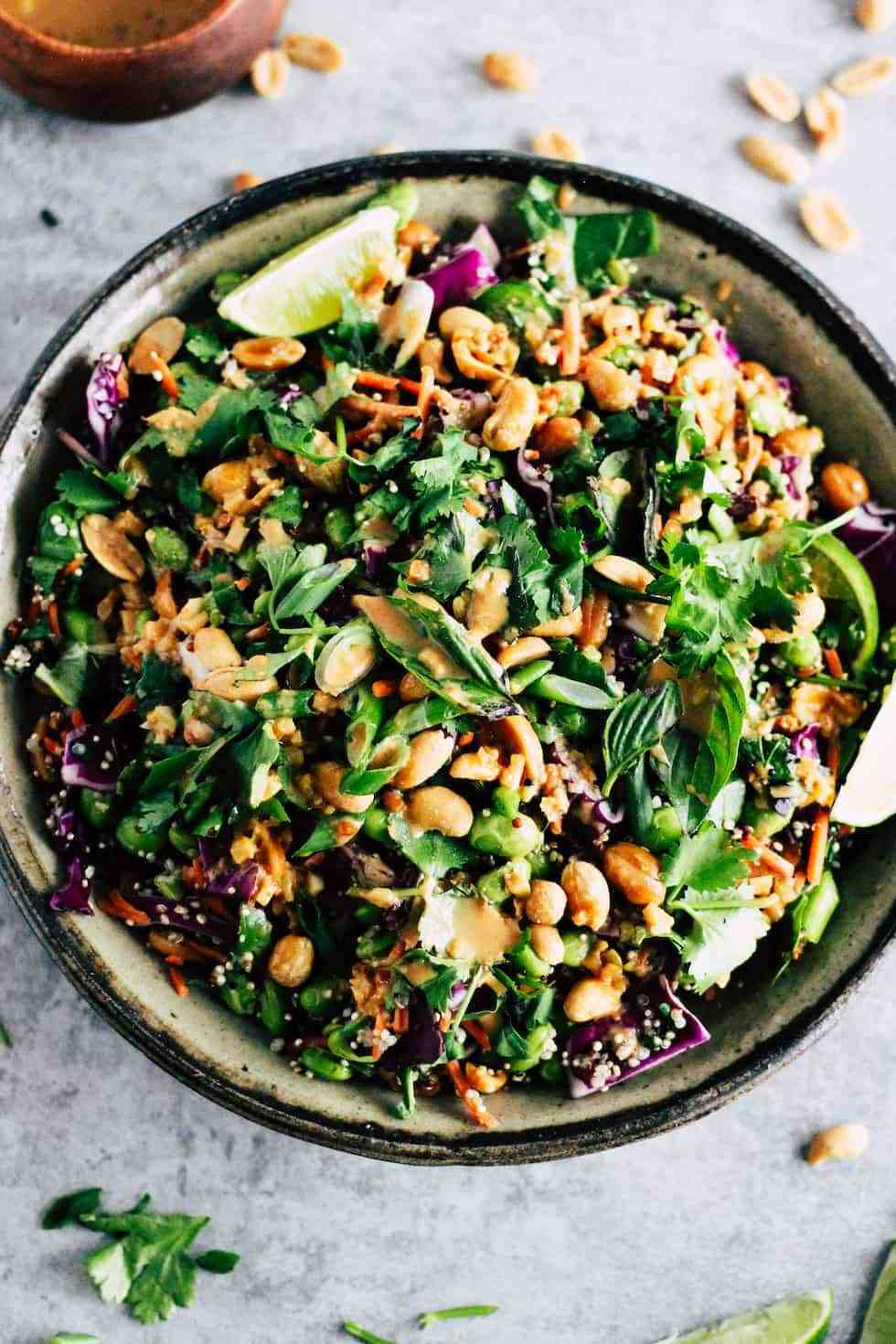 Edamame salad with peanuts is an easy college meal