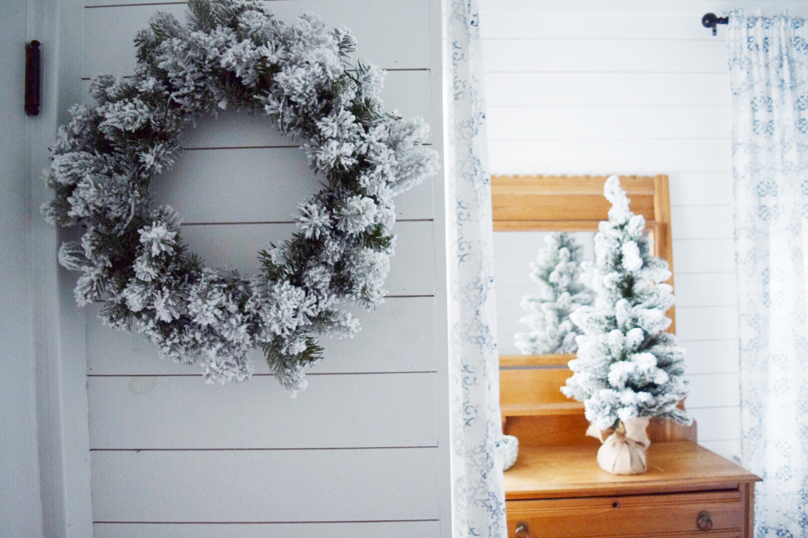 Christmas guest room wreath