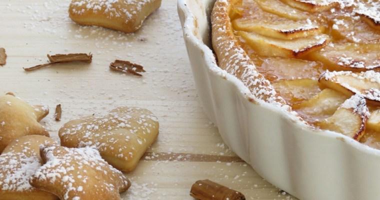 crostata con mele e marmellata al profumo di cannella
