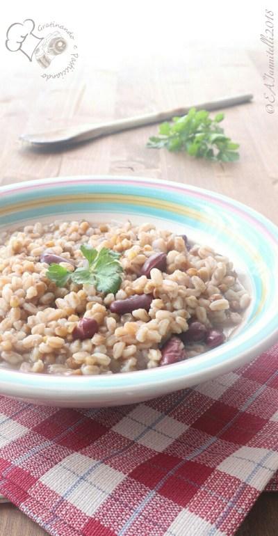 Zuppa di farro con lenticchie e fagioli rossi