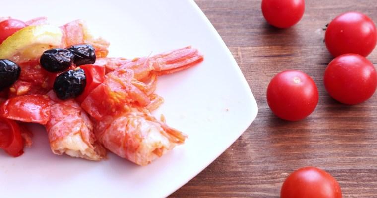 gamberi al forno con olive e pomodorini