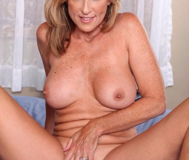 Nude Mature Women Porn Tube