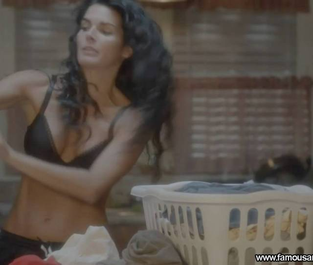 Angie Harmon Rizzoli And Isles Nude