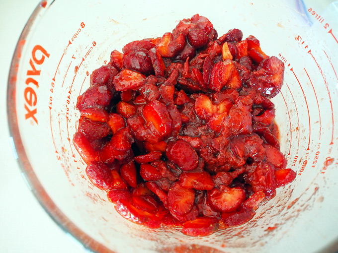 How-to-Freeze-Strawberries-6