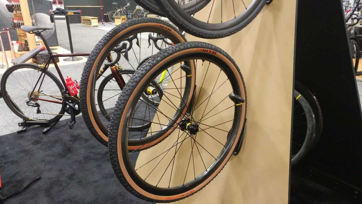 Spotted at NAHBS 2019: Mavic Prototype Carbon Gravel Wheels & New Rims - Gravel Cyclist: The Gravel Cycling Experience