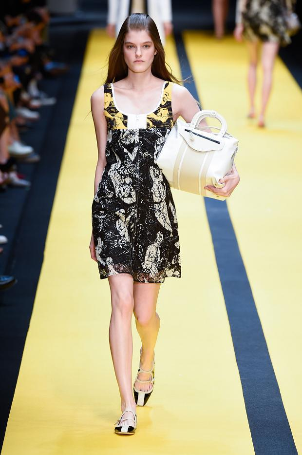 Carven SS 2015 PFW (9)
