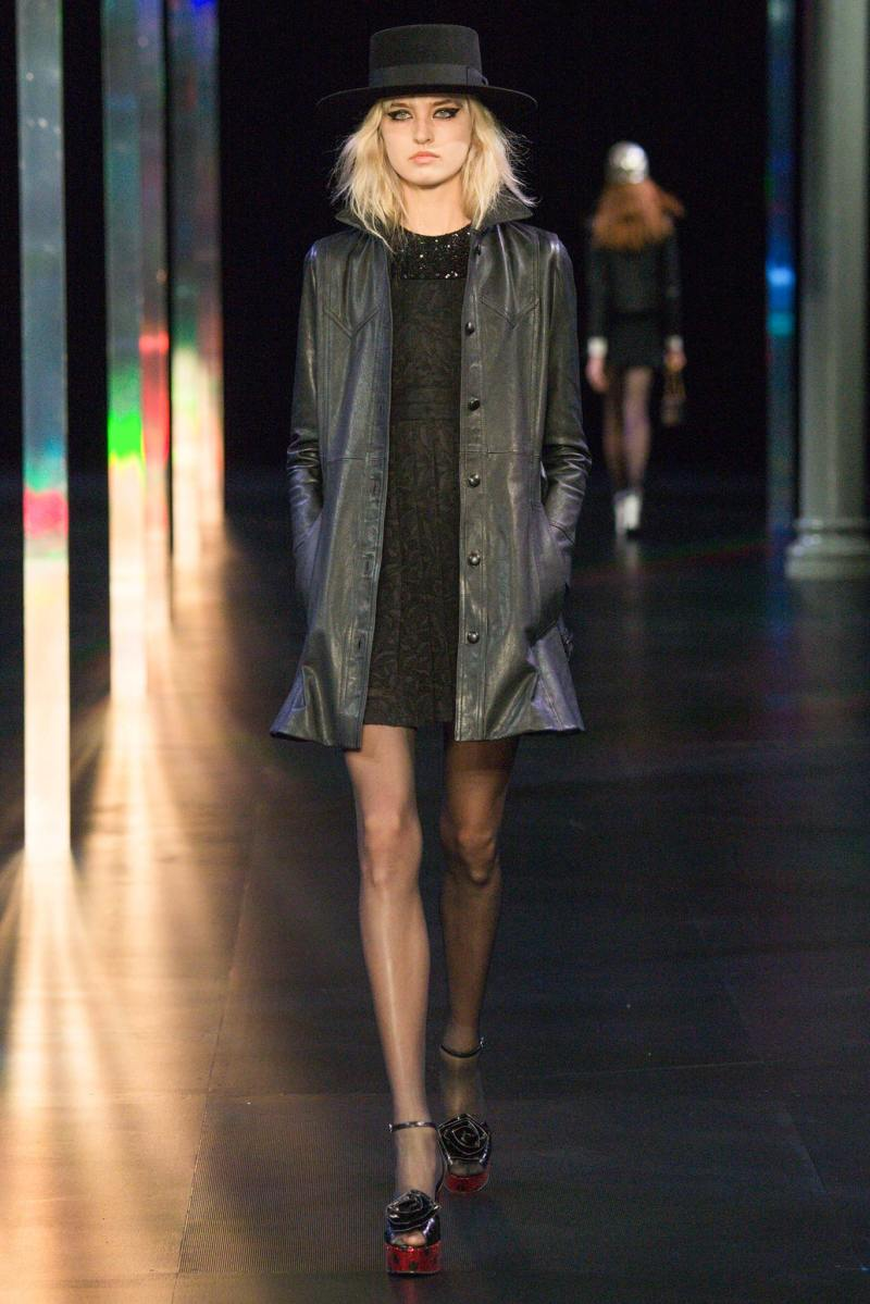 Saint Laurent SS 2015 PFW (21)