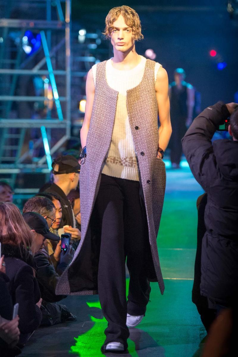 Raf Simons Menswear FW 2015 Paris (3)