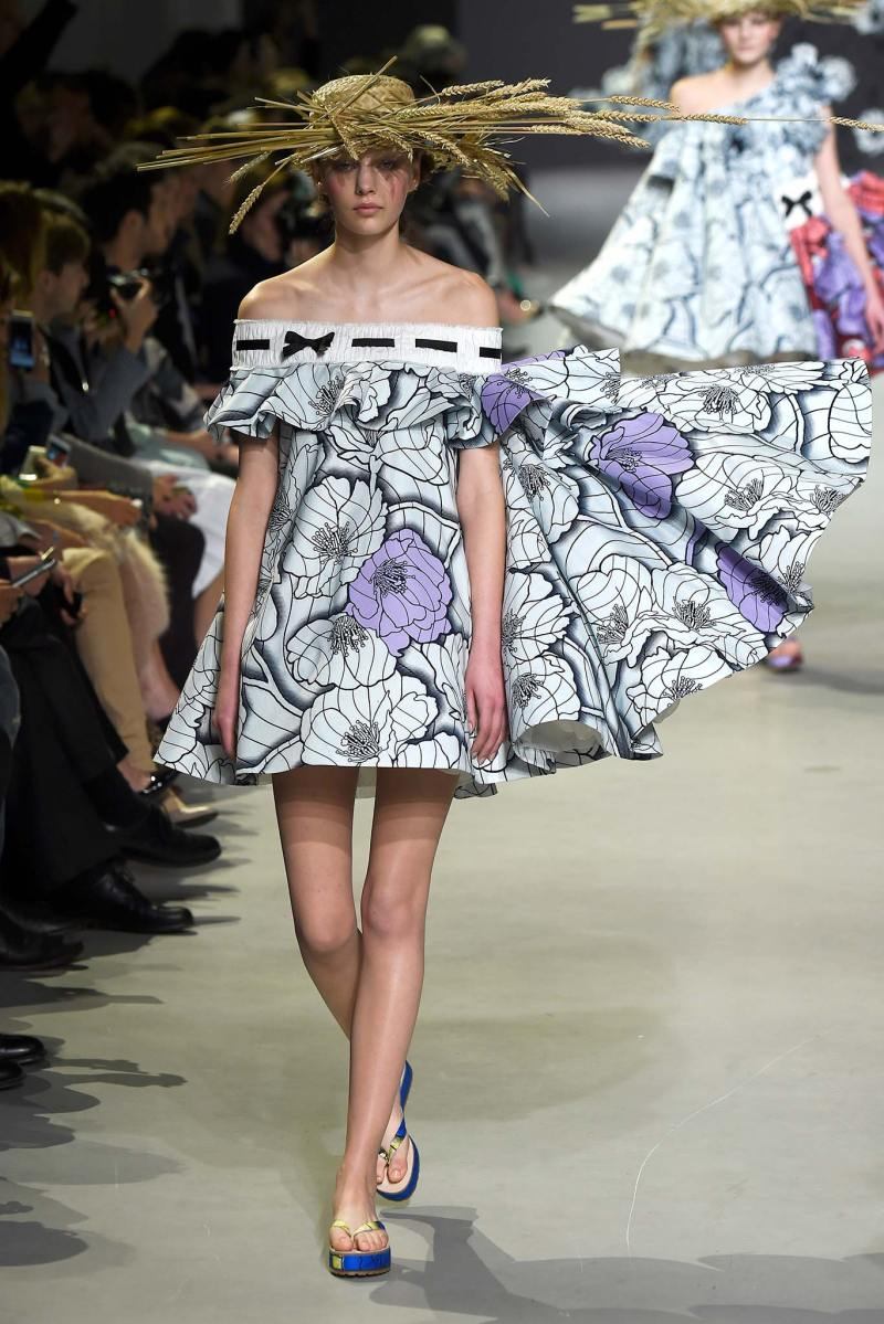 Viktor & Rolf Haute Couture SS 2015 Paris (4)