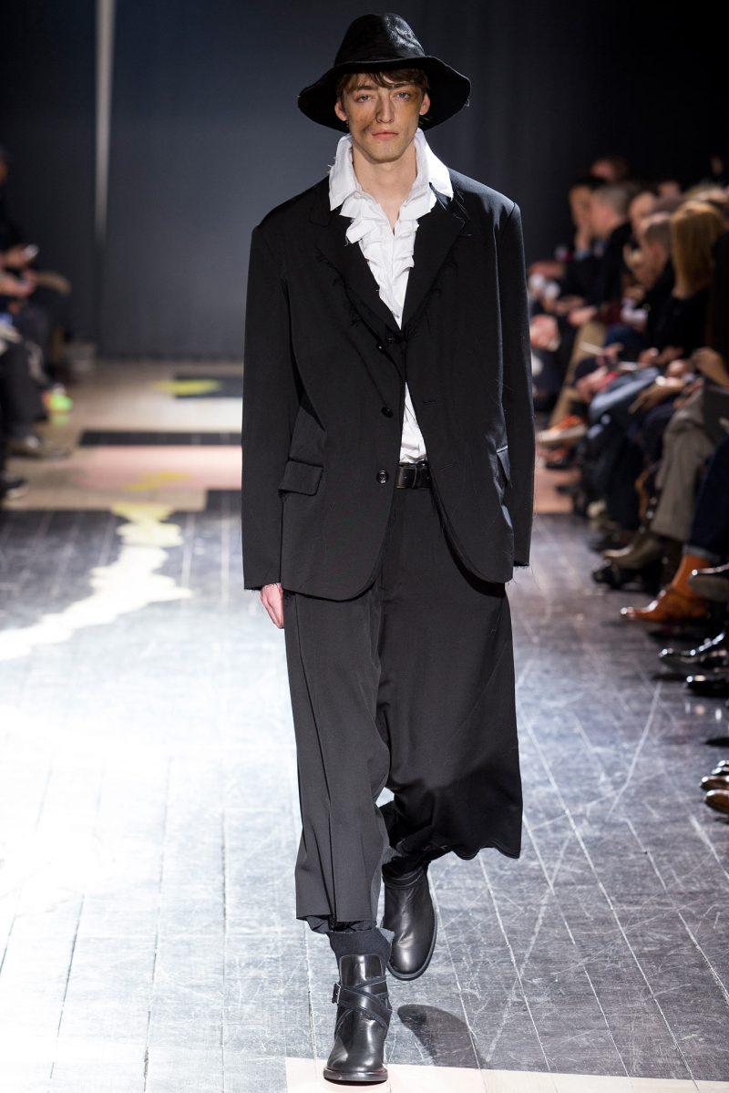 Yohji Yamamoto Menswear FW 2015 Paris (30)