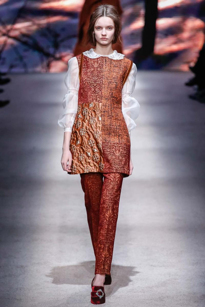 Alberta Ferretti Ready to Wear FW 2015 LFW (23)