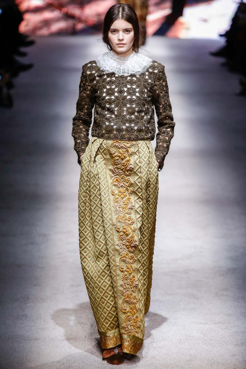 Alberta Ferretti Ready to Wear FW 2015 LFW (30)