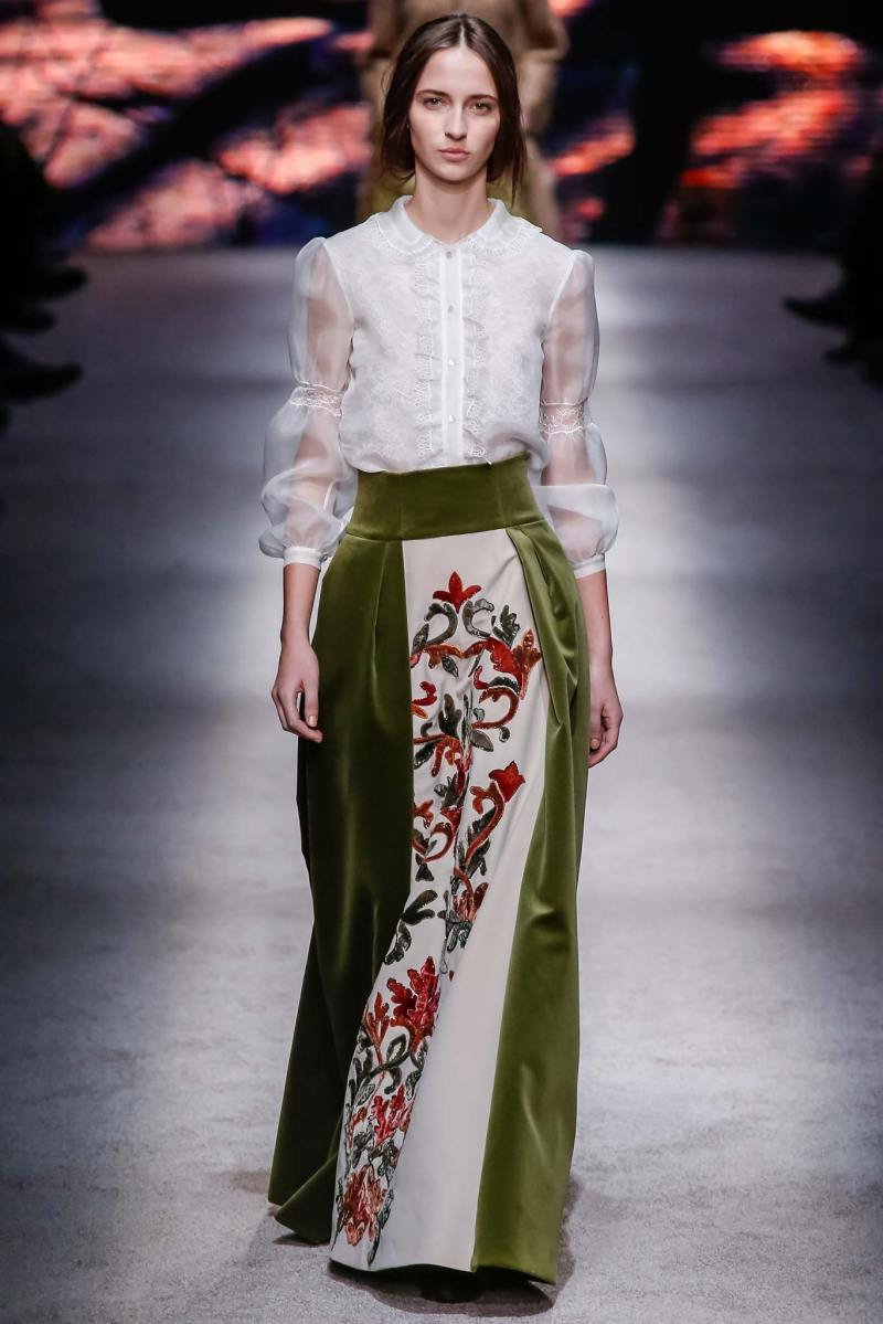 Alberta Ferretti Ready to Wear FW 2015 LFW (32)