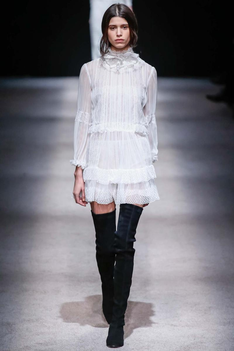 Alberta Ferretti Ready to Wear FW 2015 LFW (47)