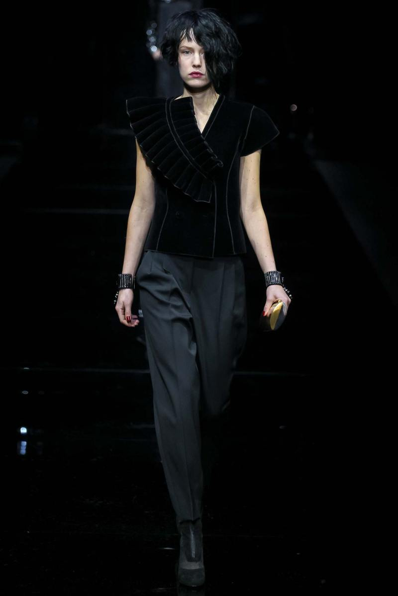 Emporio Armani Ready to Wear FW 2015 MFW (61)