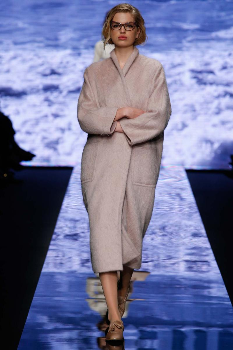 Max Mara Ready to Wear FW 2015 MFW (30)