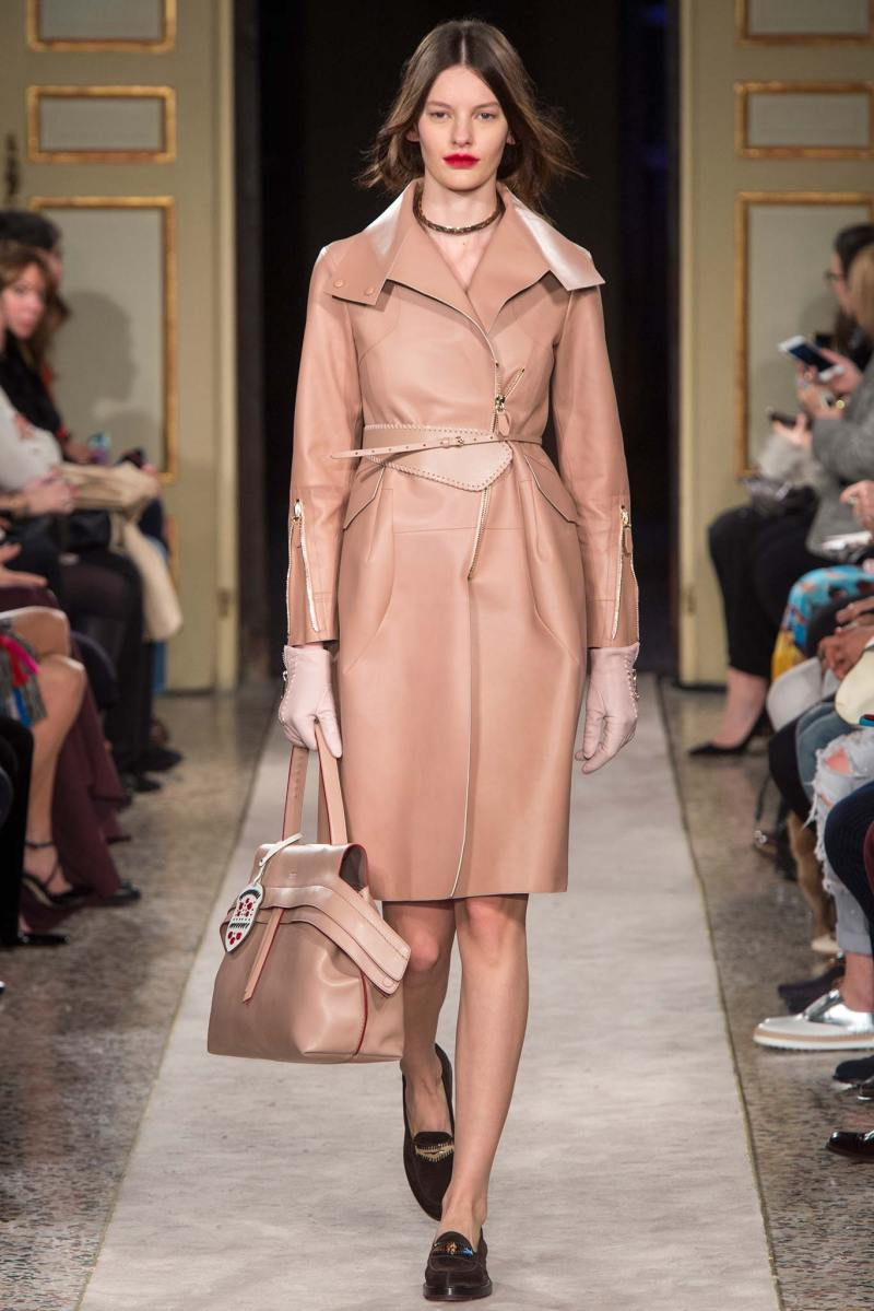 Tod's Ready to Wear FW 2015 MFW (1)