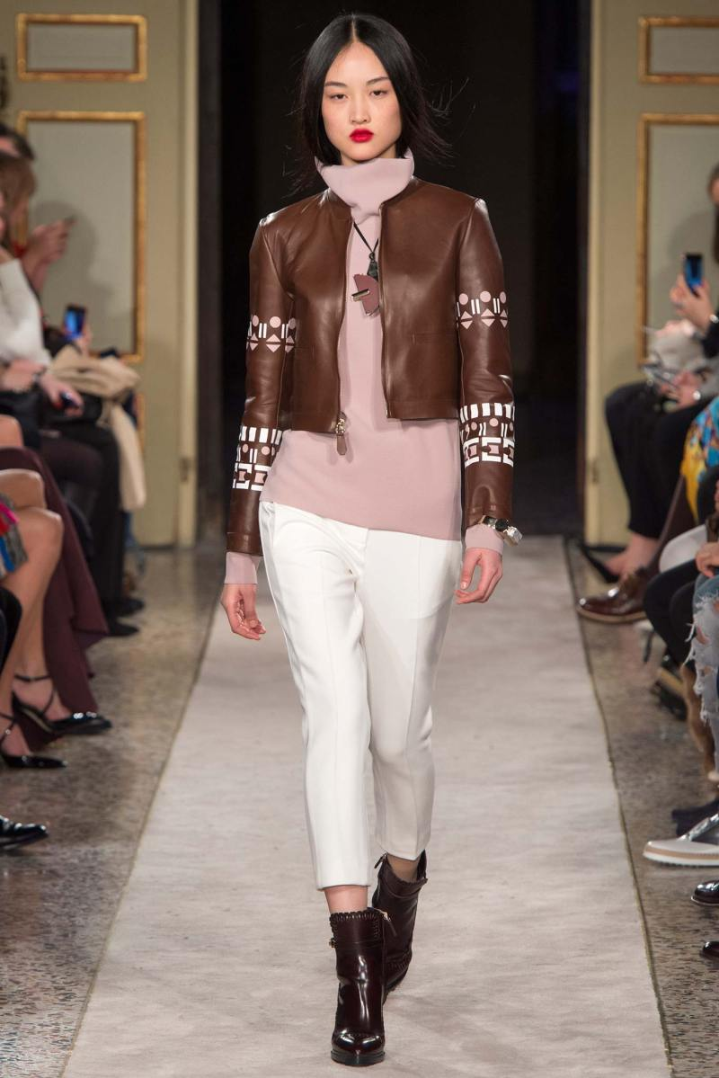 Tod's Ready to Wear FW 2015 MFW (25)