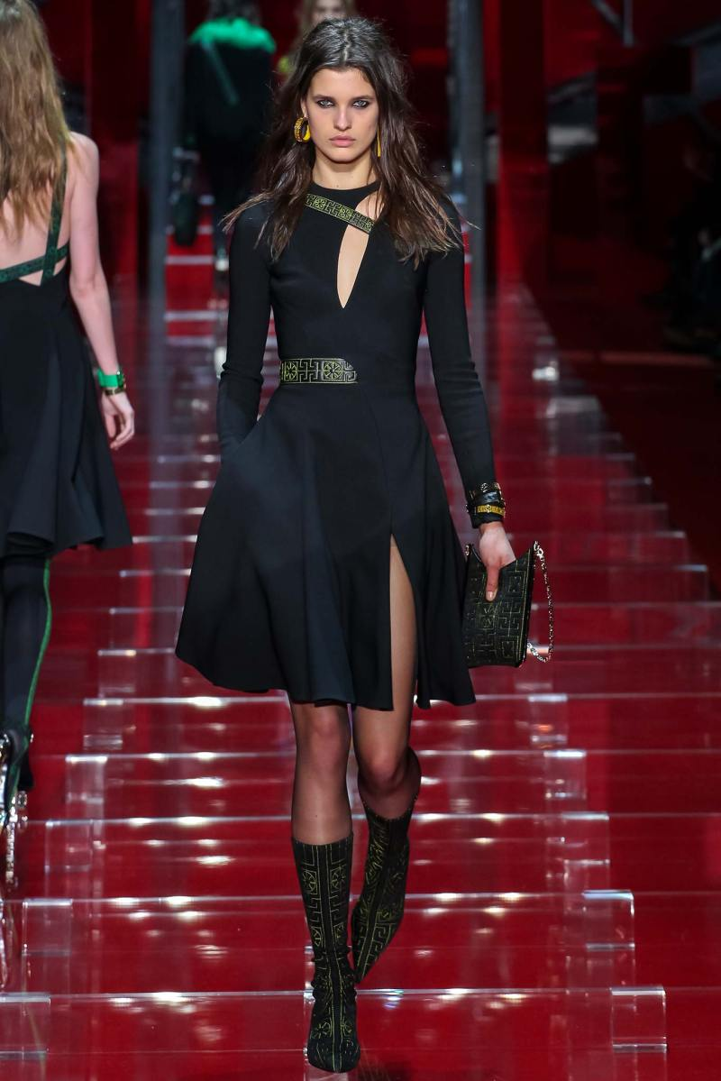 Versace Ready to Wear FW 2015 MFW (19)