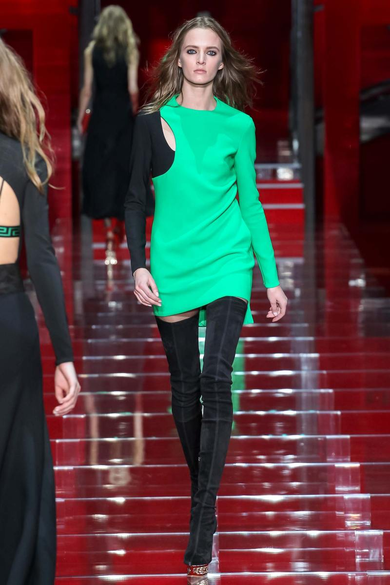 Versace Ready to Wear FW 2015 MFW (40)