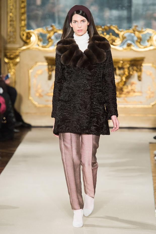 chicca-lualdi-beequeen-autumn-fall-winter-2015-mfw11