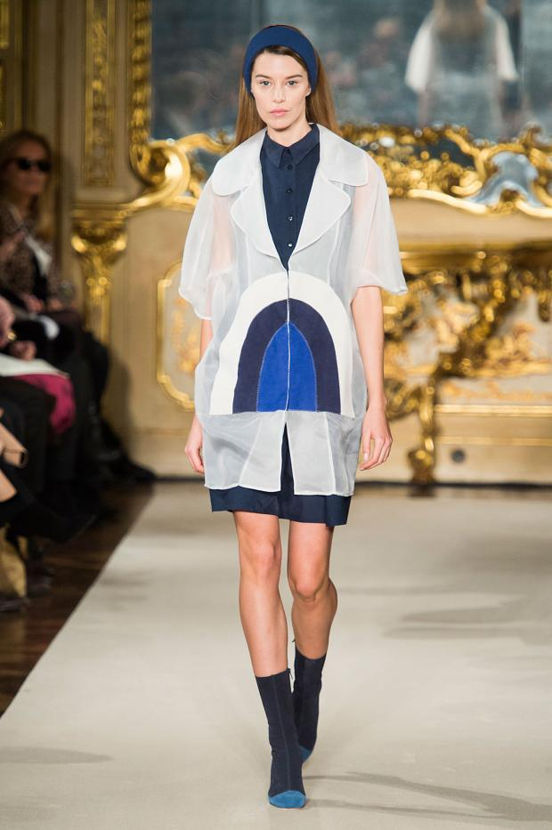 chicca-lualdi-beequeen-autumn-fall-winter-2015-mfw35