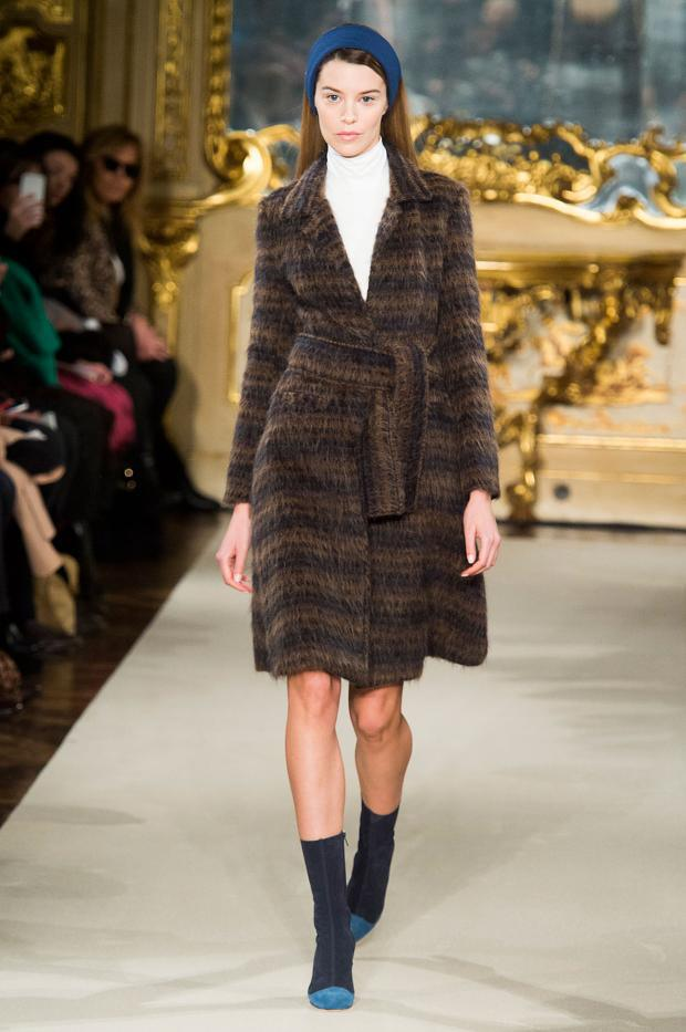 chicca-lualdi-beequeen-autumn-fall-winter-2015-mfw6